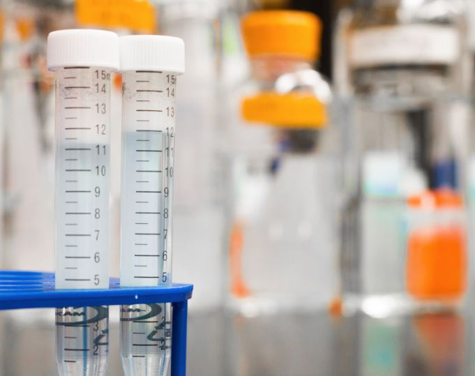 medical-assistant-schools-online-science-experiment-chemistry-lab