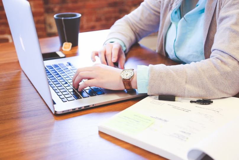 web-publisher how to become-internet-entrepreneur-career-blogger