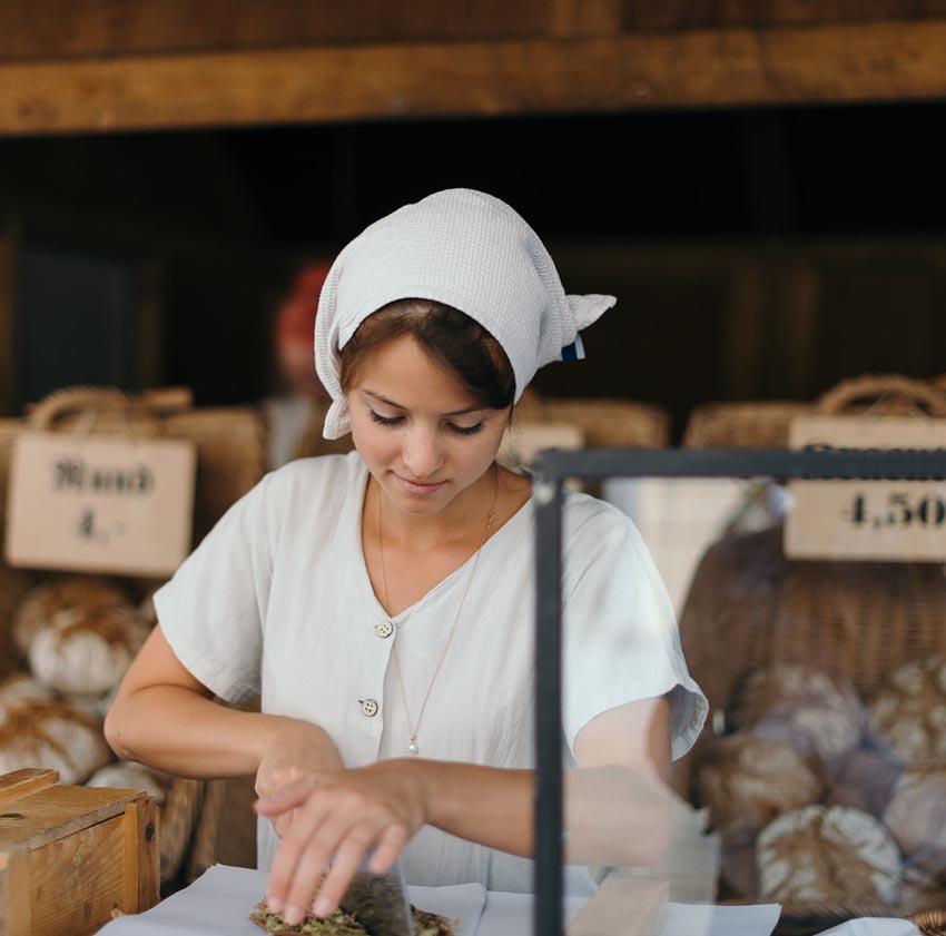 Bakers Baking Bread Cooks Food Kitchen Fresh home baker 1